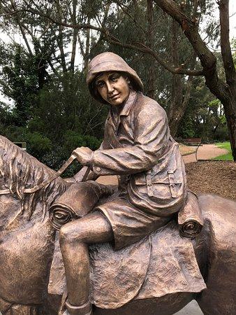 Leongatha, Australia: Lennie Statue
