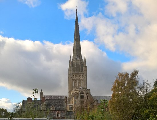 Norwich Cathedral Photo