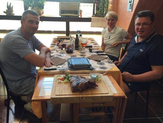 Torrita di Siena, อิตาลี: Супер обслуживание, познакомились с шеф-поваром. Незабываемый Флорентийский стейк. Всем рекоменд