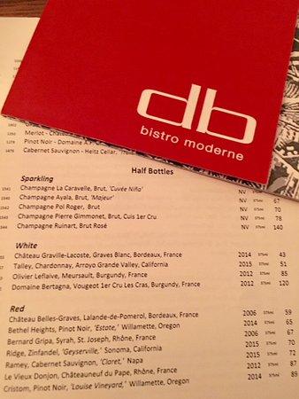 DB Bistro Moderne: Une Carte des vins riche notamment en Champagne