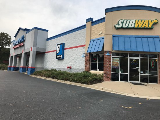 Goodwill Greenville Sc >> This Subway Is Owned And Operated By Goodwill Picture Of