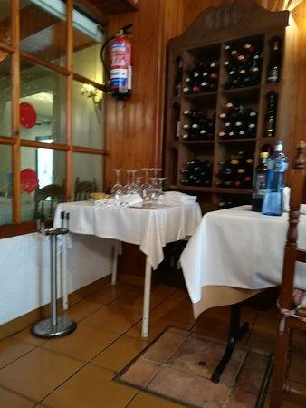 Sant Pere Molanta, Spania: IMG-20171107-WA0001_large.jpg