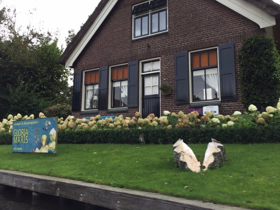 Giethoorn Bed and Breakfasts