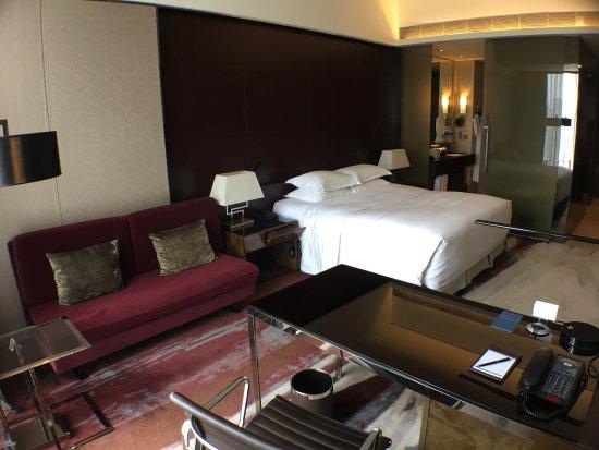 Hilton Guangzhou Tianhe: photo0.jpg