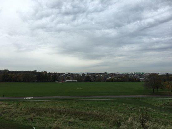 Holyrood Park: Green