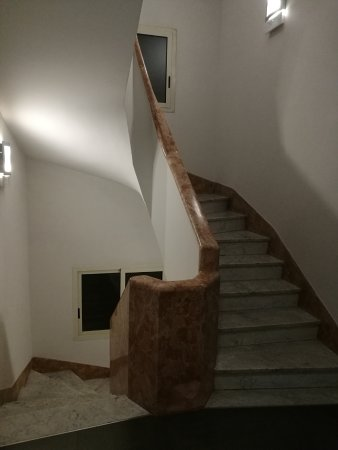 scala interna - Picture of Hotel Gravina San Pietro, Rome - TripAdvisor