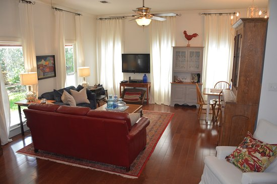 Chappell Hill, TX: Star Suite at Southern Rose Ranch