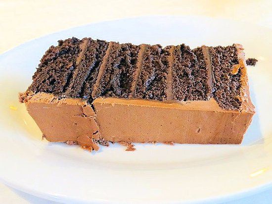 Nantucket Cafe & Grill: free mile high chocolate cake