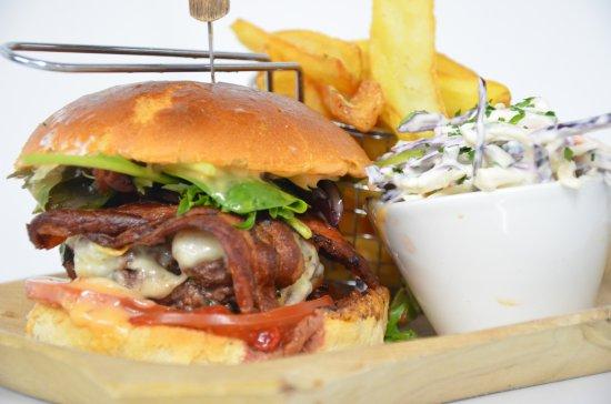Stoke Fleming, UK: Burger