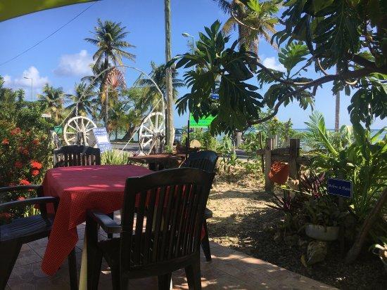 Marie-Galante, Guadalupe: Restaurant La Poesie Des Plats
