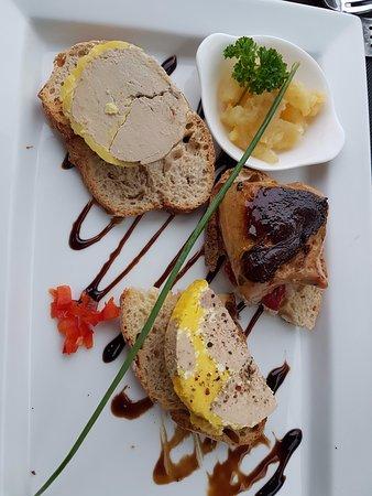 Nailloux, فرنسا: trilogie de foie gras