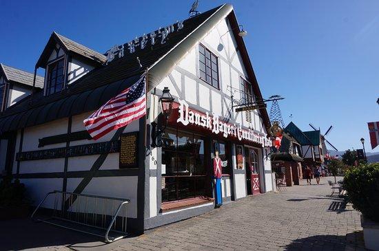 Hans Christian Andersen Park: Solvang
