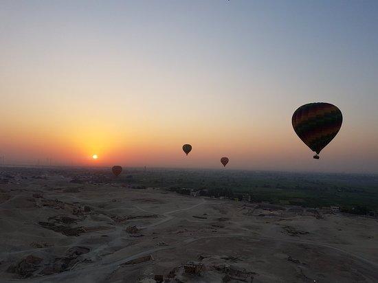 Sindbad Hot Air Balloons: 20170920_054529_large.jpg