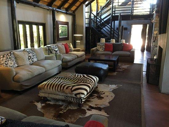 Kenton-on-Sea, South Africa: Inside River Lodge