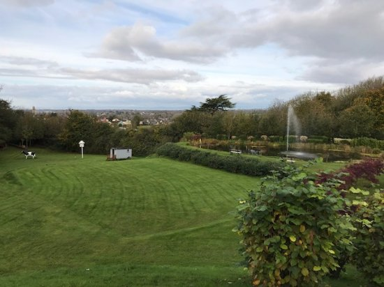 Congresbury, UK: View of grounds from front of hotel