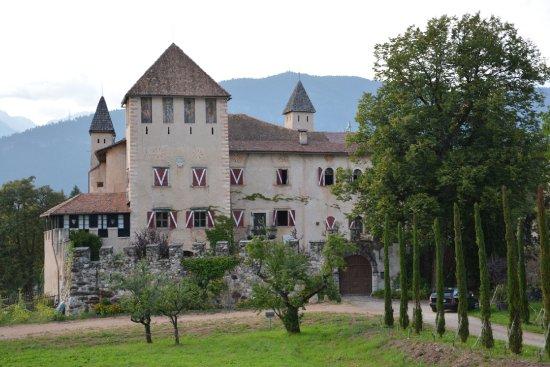 Alpes italiennes, Italie: Castello di Malgolo