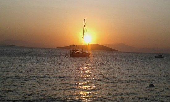Marmari, Grecia: Sonnenuntergang am Hafen