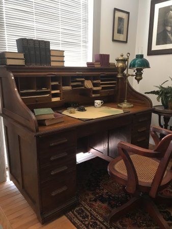 Staunton, Βιρτζίνια: President Wilson's desk while studied at Princeton