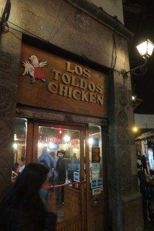 Los Toldos Chicken: Restaurant Entrance