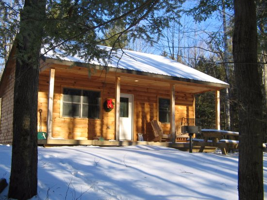Sterling Ridge Resort: Private log cabins