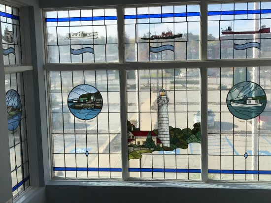 Sturgeon Bay, WI: Stained glass windows of ships and lighthouses