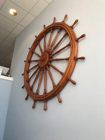 Sturgeon Bay, WI: Ships wheel