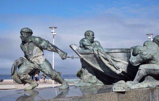 Vila do Conde, Portugal: Monumento ao Pescador