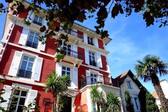 Hotel pres du casino de biarritz casino de bourbonne les bains bourbonne-les-bains