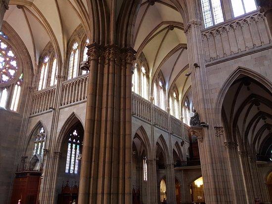 Buen Pastor Cathedral : Aspecto do transepto
