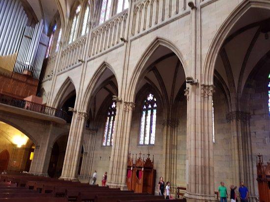 Buen Pastor Cathedral : Outra visão da nave central da Catedral do Bom Pastor