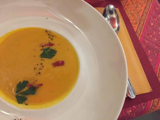 Cyrano et Roxane : Pumpkin soup.