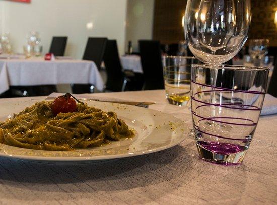 Province of Brescia, Ιταλία: Tagliatelle di monococco con zucca e pestòm della azienda il Berlinghetto