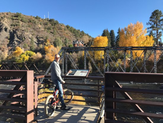 The Rochester Hotel and Leland House: Riding the Rochester Hotel bikes along the Animas River