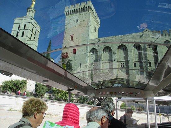 Petit Train Avignon : Glastak på tåget