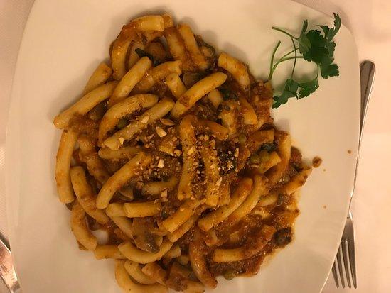 La Piazzetta : pasta con pomodoro arrostito