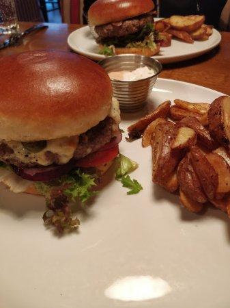 Leknes, Noruega: Burger