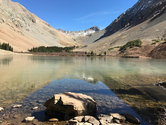Dolores, CO: 9-mile roundtrip hike to Navajo Lake @ 11,233 ft elevation.