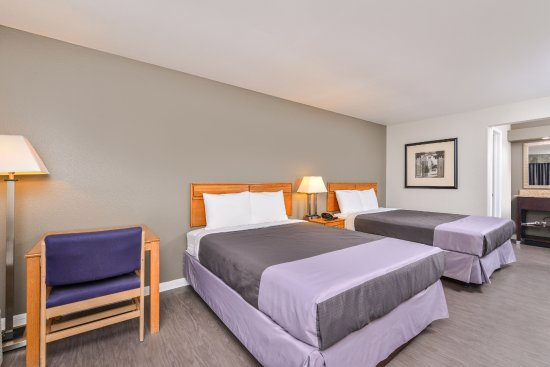 Columbia, TN: Two Double Beds