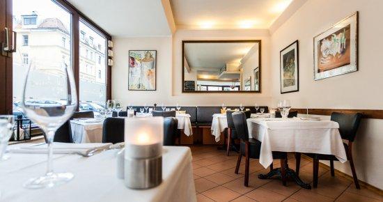 Wunderbare Franzosische Kuche Mitten In Schwabing Le Cezanne