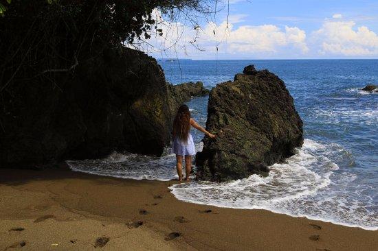 Drake Bay, Costa Rica: Caño. Blog: unachicatrotamundos.com
