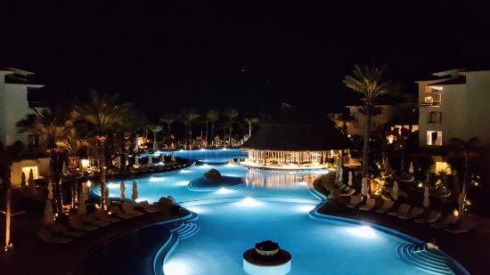 Cabo Azul Resort: IMG_20171106_091157951_edited_large.jpg
