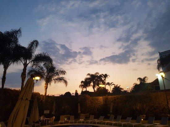 Fiesta Inn Cuernavaca: 20171027_192616_001_large.jpg