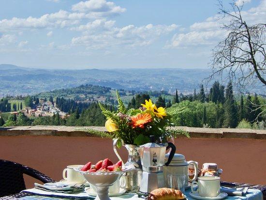 Montorsoli, Italia: Brakfast panoramic