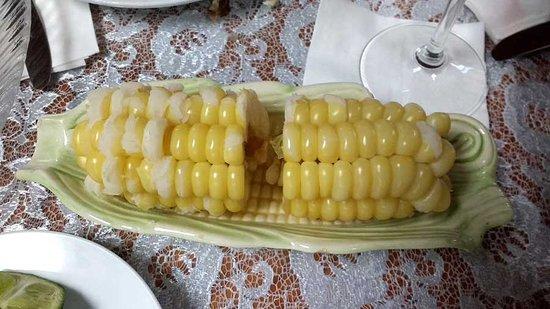 Hialeah, FL: Giant Peruvian Corn