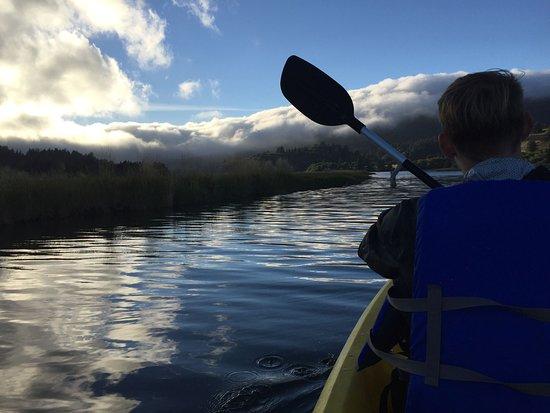 ลิงคอล์นซิตี, ออริกอน: Salmon River Kayak Tours