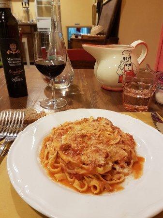 San Terenziano, إيطاليا: Una cena fantastica