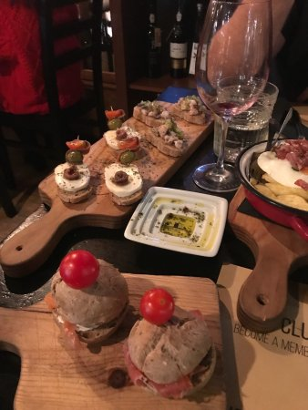 The Wine Box - Vinhos & Tapas: photo1.jpg