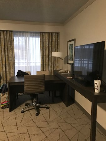 Embassy Suites by Hilton Atlanta - Galleria: photo4.jpg