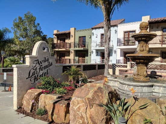 Avila La Fonda Hotel: MVIMG_20171107_124832_large.jpg