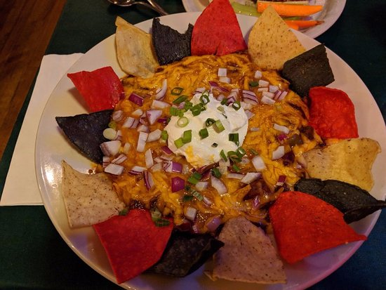 Olde Log Inn : BOWL of loaded chili - more like a huge plate